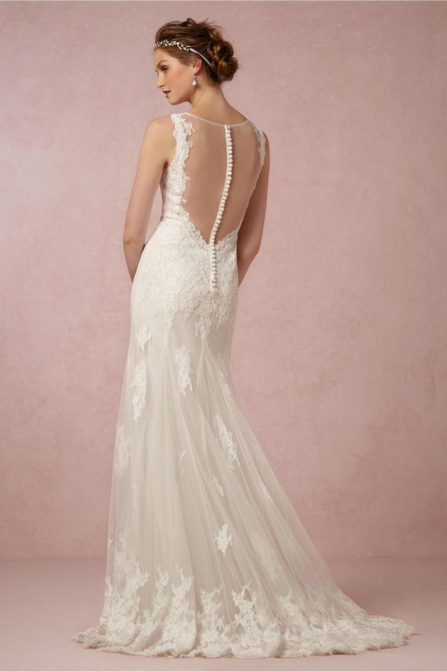 The 13 Steamiest Backless Wedding Dresses And Gowns Not To Be Missed