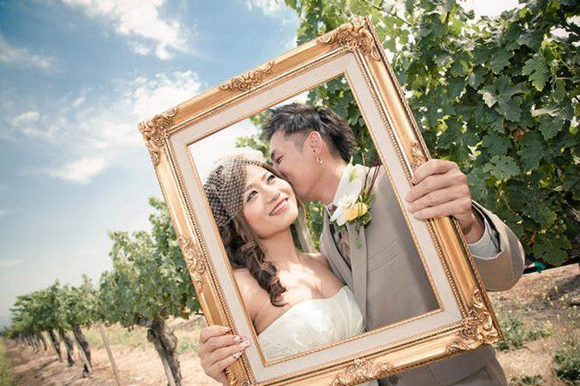Pink and Peach Summer Vineyard Vintage Wedding