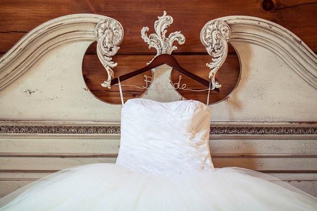Vintage Navy and Ivory DIY Wedding
