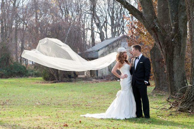 22 Wedding Photo Poses & Ideas {Real Brides}