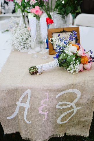 DIY Wedding Table Runner Ideas