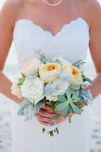 White, Cream and Natural Succulent Bouquet Ideas