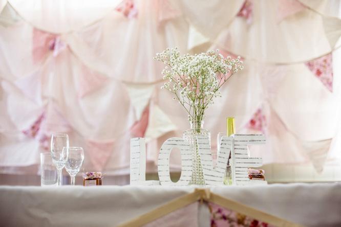 Shabby Chic Country Style Pink Wedding Australia Jani Montville Hall B Photography (2)