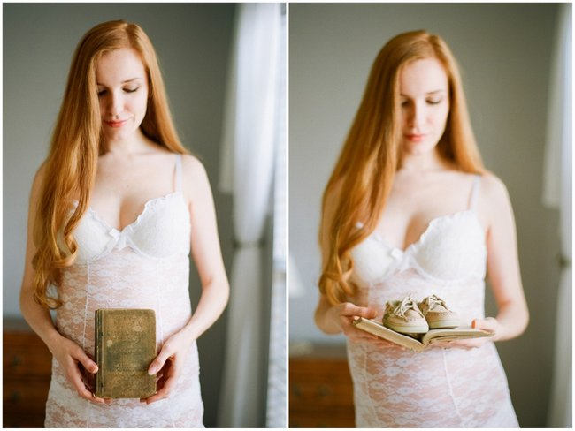 Delicately Intimate Boudoir Maternity Shoot by Michael and Carina Photography  (22)