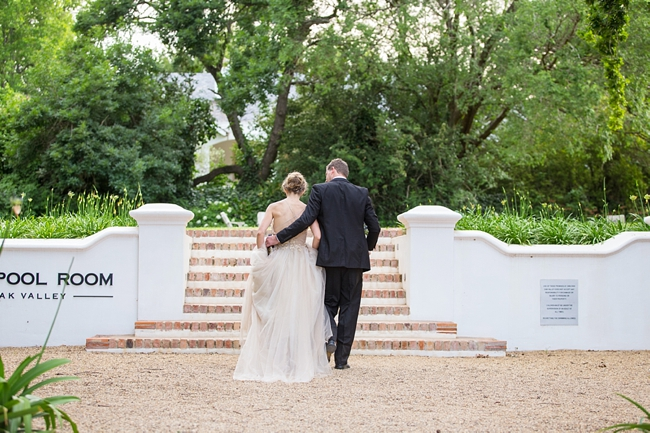 Outdoor Forest Wedding :: Ruby Jean Photography :: See more on Confetti Daydreams Wedding Blog