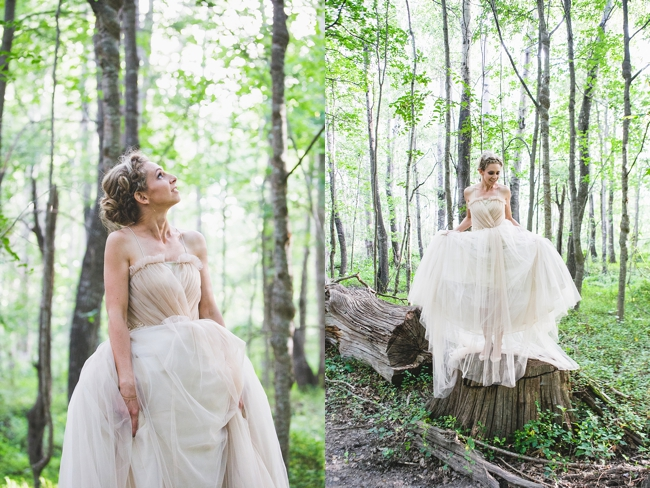Tulle Wedding Dress :: Outdoor Forest Wedding :: Ruby Jean Photography :: See more on Confetti Daydreams Wedding Blog