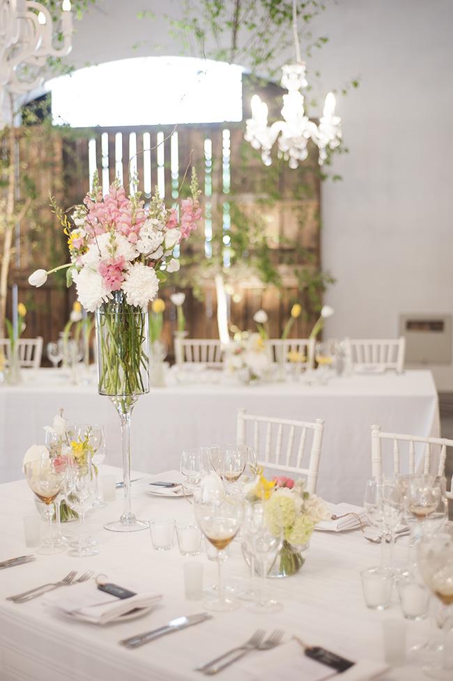 Floral Wedding Decor ;; Pale Yellow, White & Coral Winelands Destination Wedding (South Africa) :: Joanne Markland Photography :: ConfettiDaydreams.com Wedding Blog