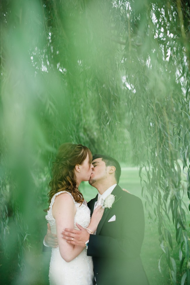 Teal and Peach Wedding by Everlasting Love Photography  via ConfettiDaydreams (65)