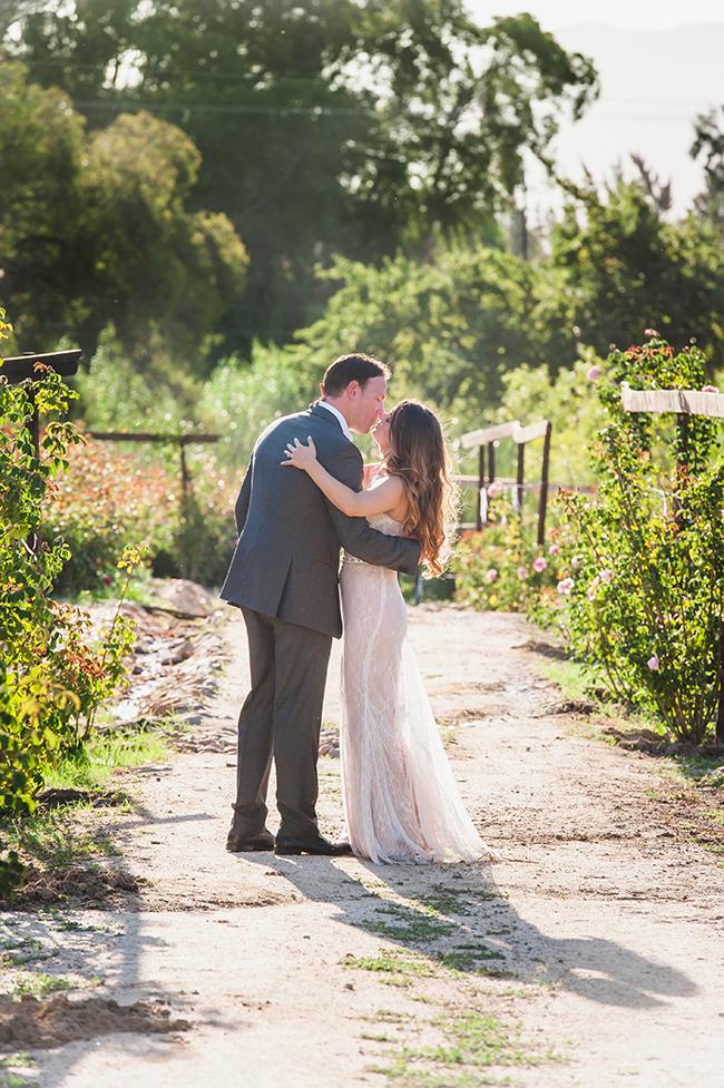 Outdoor Couple Portraits // Vintage Elegance Neutral South African Wedding //Lauren Kriedemann photography // via www.ConfettiDaydreams.com //