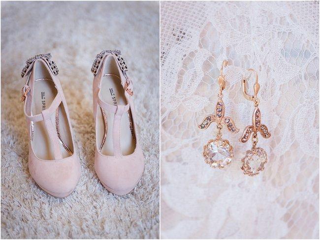 Blush Wedding Shoes // Vintage Elegance Neutral South African Wedding //Lauren Kriedemann photography // via www.ConfettiDaydreams.com //