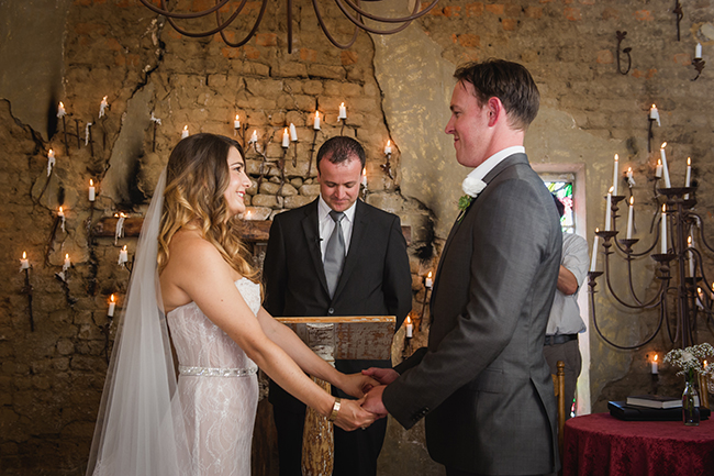 Ceremony // Vintage Elegance Neutral South African Wedding //Lauren Kriedemann photography // via www.ConfettiDaydreams.com //