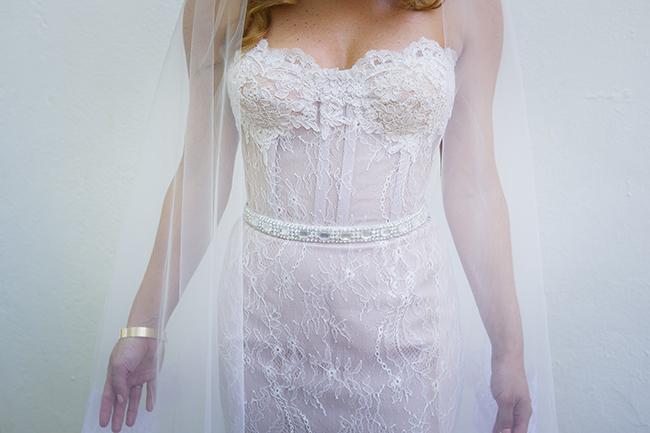 Kobus Dippenaar Gown // Vintage Elegance Neutral South African Wedding //Lauren Kriedemann photography // via www.ConfettiDaydreams.com //