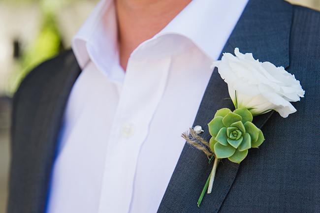 Boutonniere // Vintage Elegance Neutral South African Wedding //Lauren Kriedemann photography // via www.ConfettiDaydreams.com //