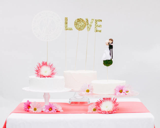 Glitter Cake Topper // Cute Pink and White Retro, Sixties- Inspired Wedding Ideas // Ping Photography