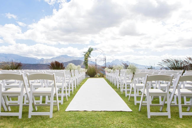 Outdoor Wedding Ceremony Set Up // Franschhoek Wedding // Photography by Claire Nicola
