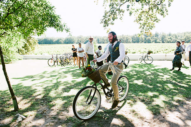 Rustic Bicycle Themed Wedding - Jules Morgan Photography (34)