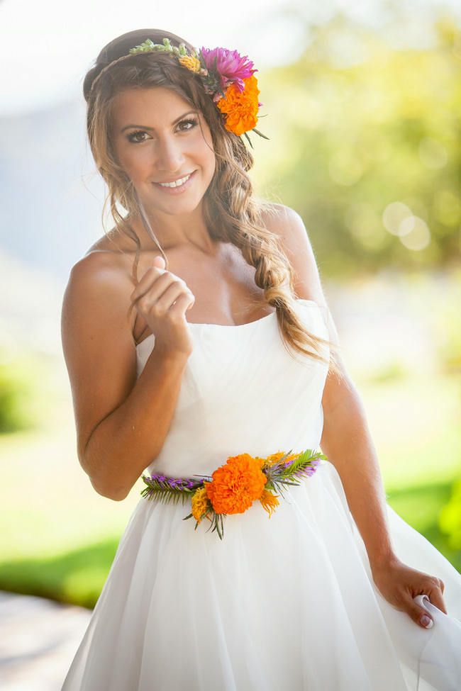 Tropical Flower Hairpiece // Bright and Bold California Bridal Style // Colson Griffith Photography