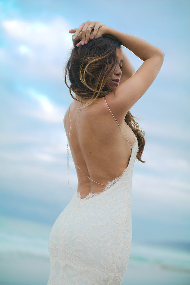 Backless Beach Wedding Dress 5
