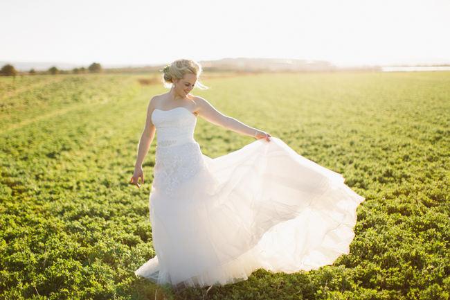 Outdoor Wedding photographs //  Beautiful Gray and Yellow Winter Wedding / Jenni Elizabeth Photography