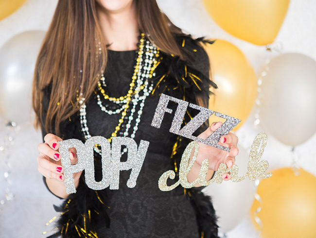 DIY New Years Party Ideas Gold (15)