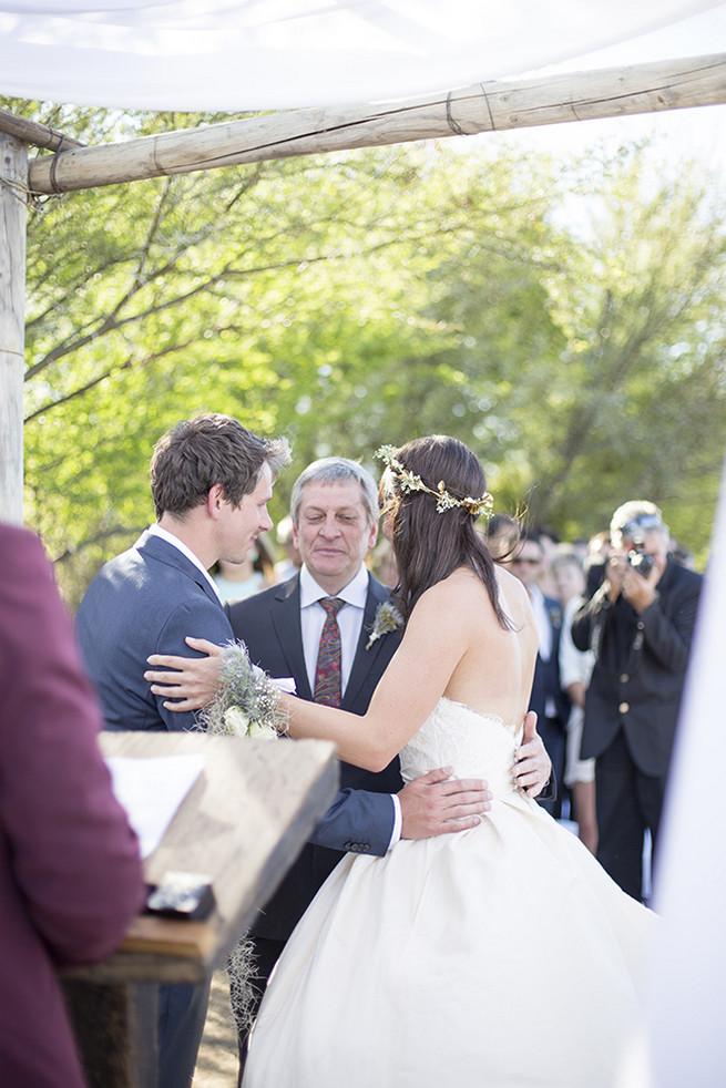 Outdoor wedding ceremony // Organic Farm Style Karoo Wedding // christine Le Roux Photography