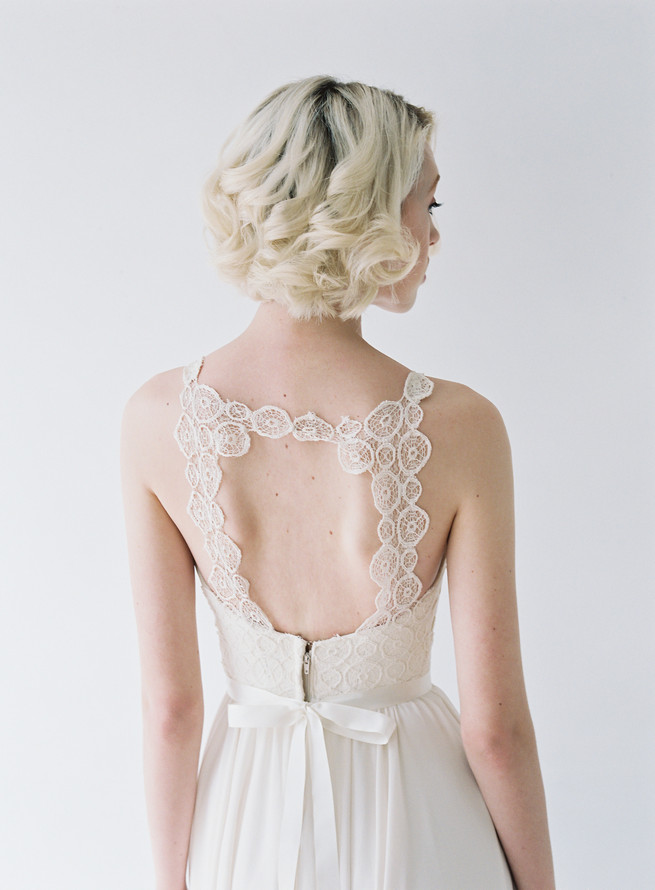 Delicate Berkeley Wedding Dress with lace keyhole back from Truvelle Wedding Dress by Blush Wedding Photography
