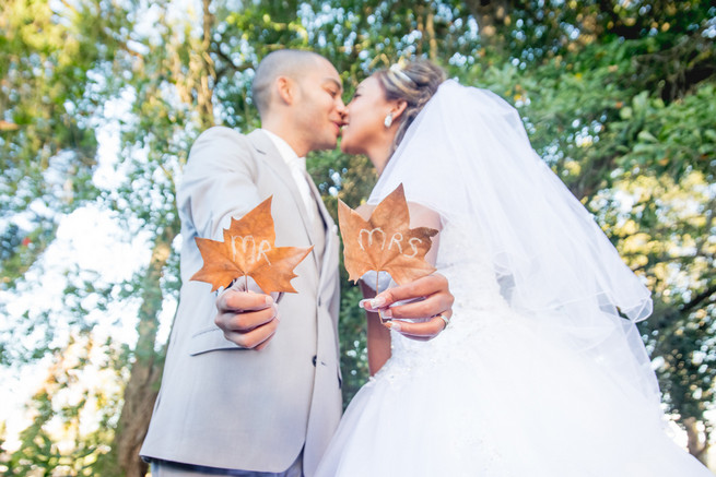 Mr And Mrs On Autumn Leaves Wedding Photo Idea Diy Pastel Conway Photography