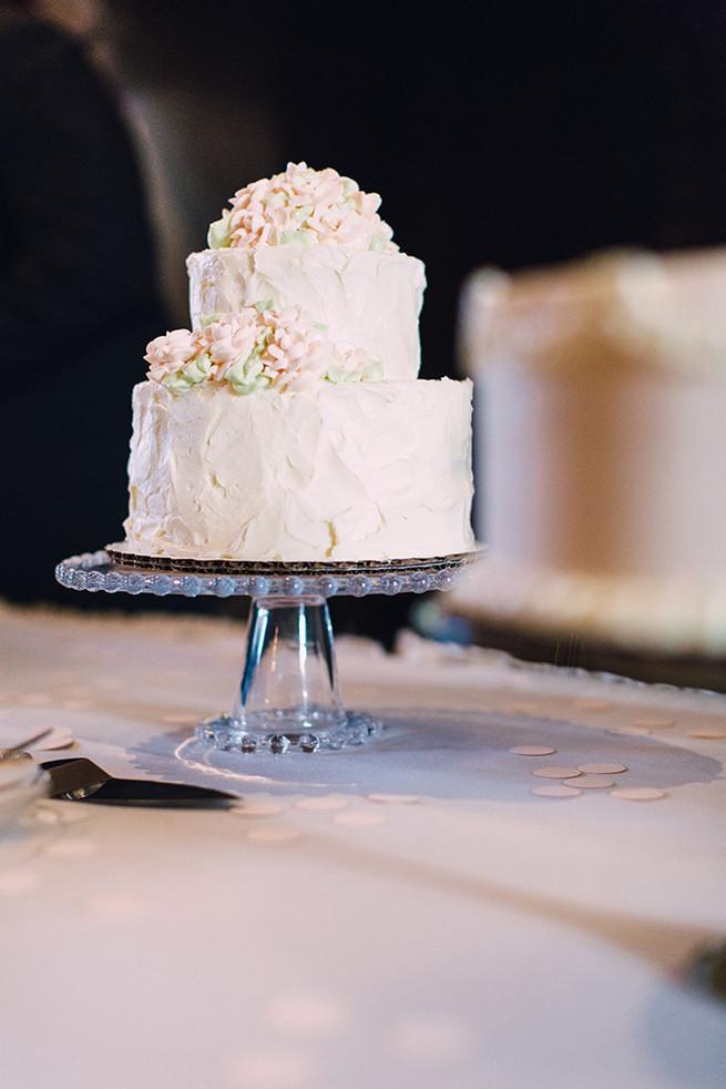 Wedding cake // / Elegant Milwaukee Wedding Valo Photography