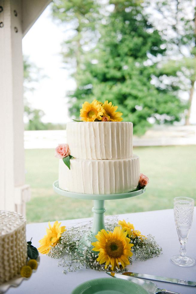 All White Wedding Cakes (13)