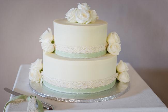 All White Wedding Cakes (2)
