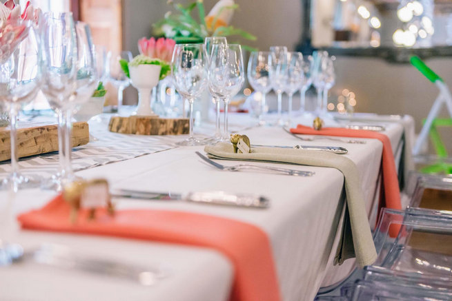 Table setting / - Claire Thomson Photography