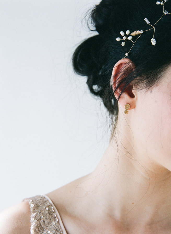 Gold hair vine - Truvelle Makers Collaboration - Blush Wedding Photography / Olivia Headpieces / Catherine Hartley Jewellery