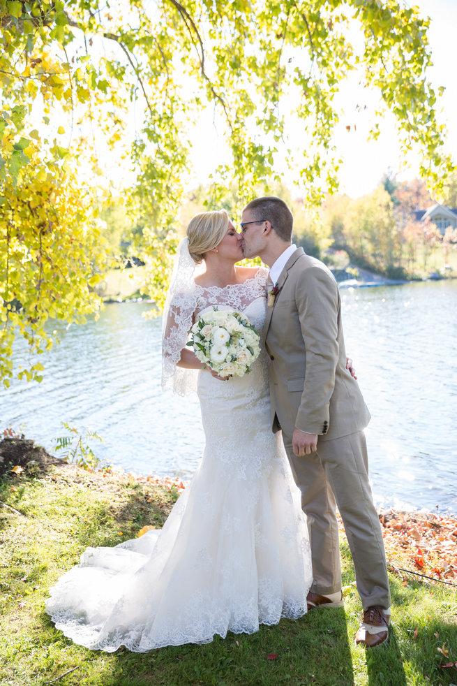 - Beautiful Burgundy and Tan Wedding - Molinski Photo
