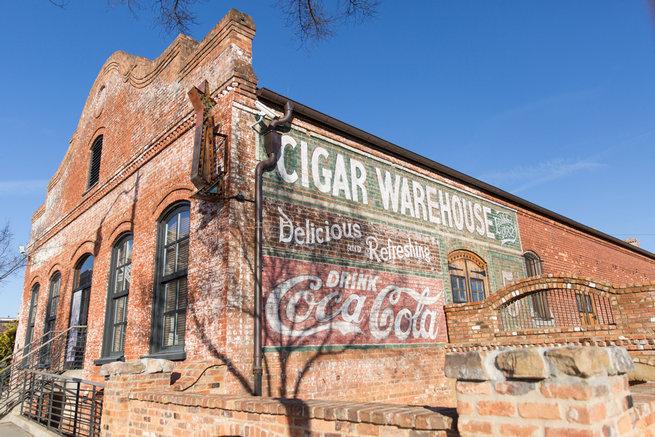 Modern Urban Wedding at Old Cigar Warehouse / Ryan and Alyssa Photography