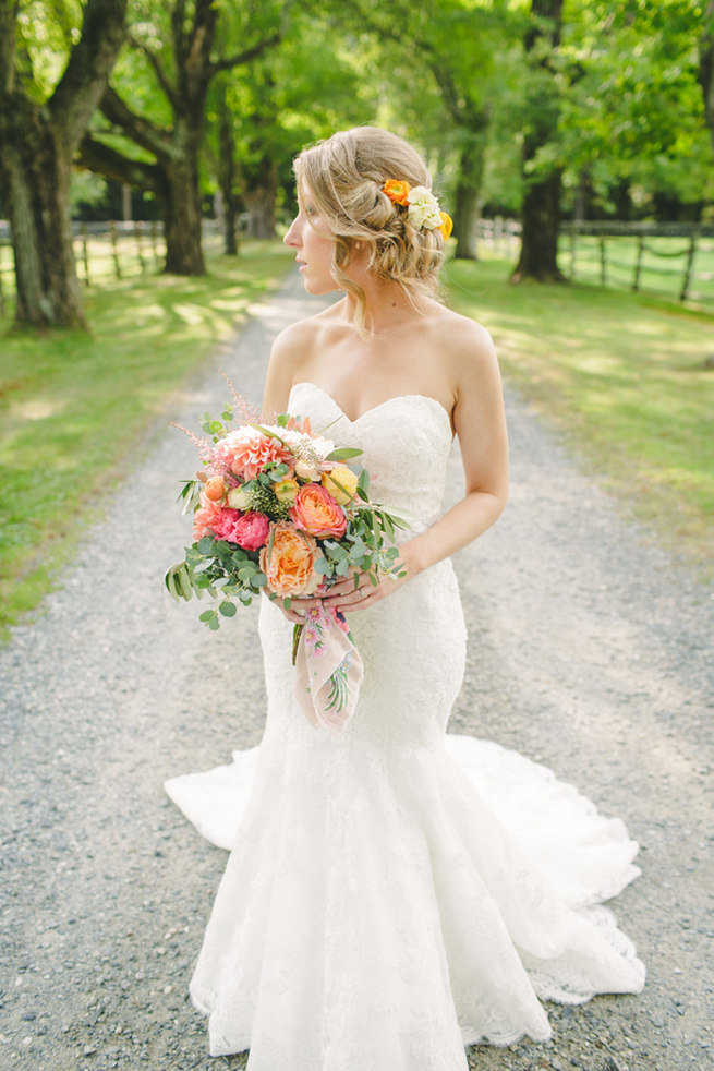 Breathtaking Wedding Bouquet: Peach, yellow and blush bouquet of garden roses, dahlia and farmers greens. Click to blog for more gorgeous bouquet ideas.