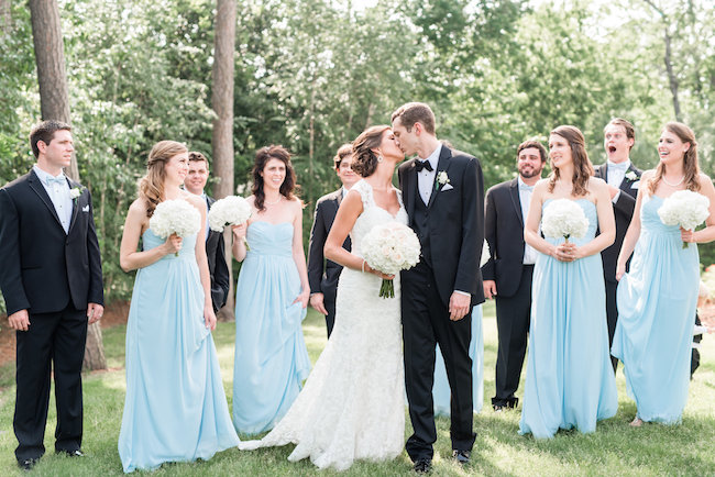 White and Gold Wedding Decoration Ideas