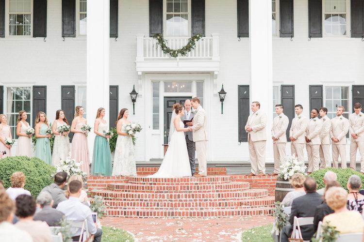 Pretty Greenery and Succulent Wedding Ideas