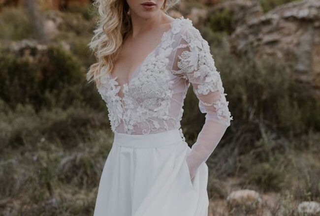 30+ Most Incredible Lace Wedding Dresses Around