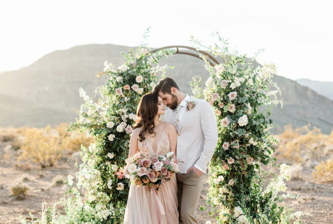 Romantic, Intimate Desert Wedding in Las Vegas