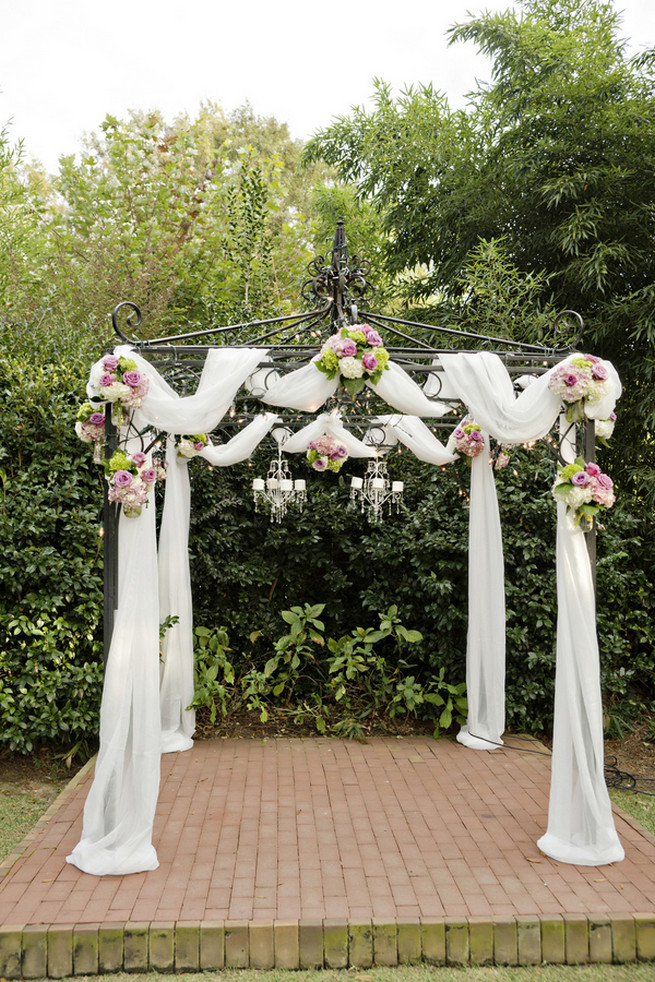 Amazing Wedding Arch Ideas 17