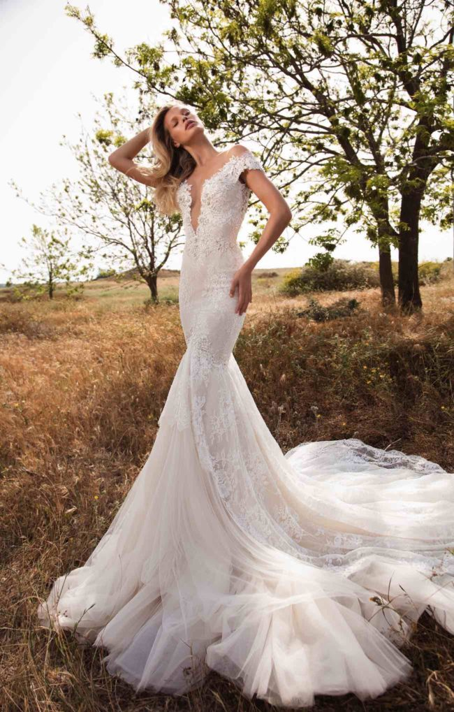 GALA - Galia Lahav Pret a Porter wedding dress collection for 2016. Ready to wear and ravishing!