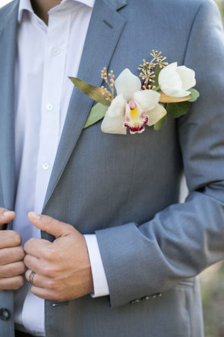 giant-floral-wedding-ceremony-wreath-21