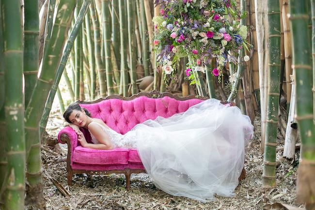 giant-floral-wedding-ceremony-wreath-3