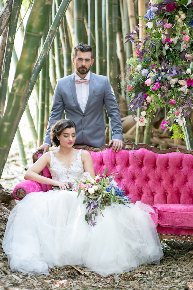 giant-floral-wedding-ceremony-wreath-8