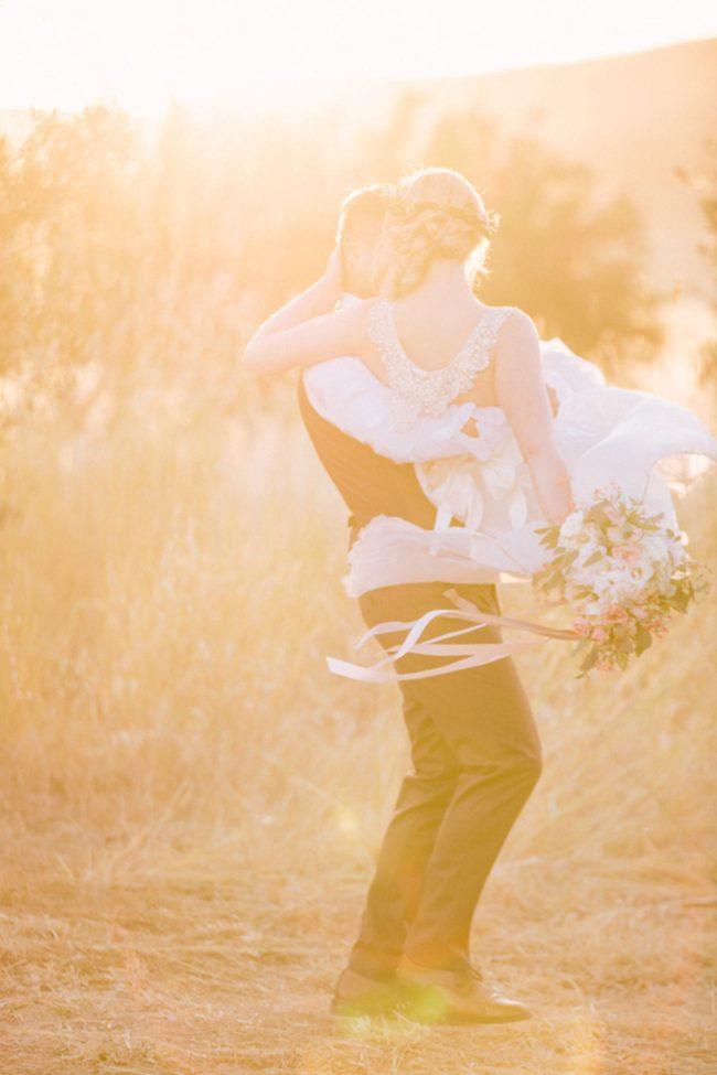 Dreamy, Romantic Golden Hour couple portraits by Retrospect Images