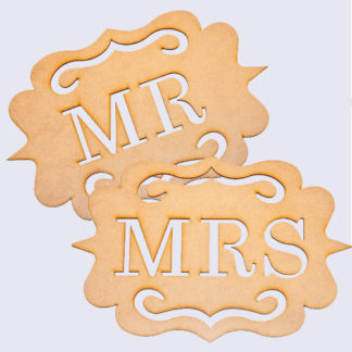 Mr + Mrs Wedding Chair Signs. See 20 more cute and creative ideas here: https://www.confettidaydreams.com/mr-and-mrs-signs/