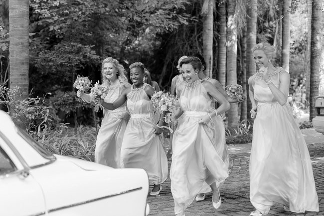 Wedding-Photograph-Ideas-for-your-Bridal-Party-Pics (14)