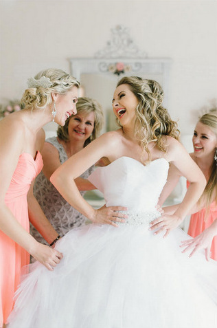 Wedding-Photograph-Ideas-for-your-Bridal-Party-Pics (16)